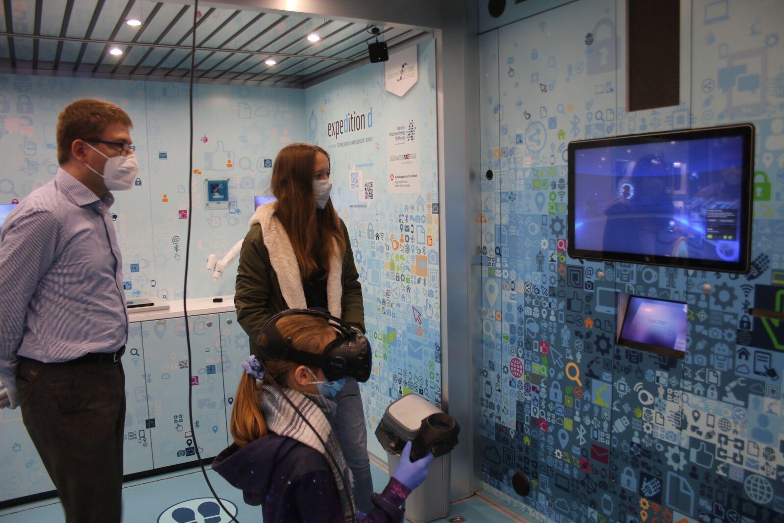 VIRTUELLER RUNDGANG Wilferdingen Virtueller Rundgang Virtuelle Tour Tour Tag der offenen Tür Schule Remchingen Klassen Digitalisierung Digitale Schule Carl Dittler Realschule 360 Grad Video